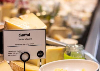 themarket-cheese-display