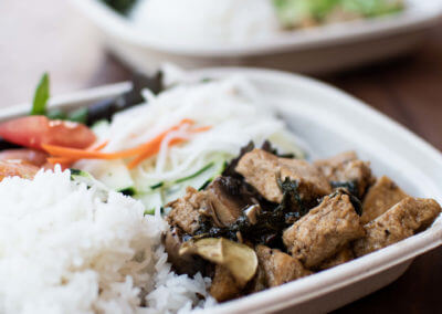 themarket-delicious-plates-of-food-to-go-3